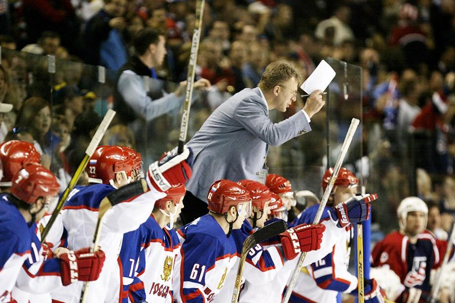 Вячеслав Фетисов - главный тренер сборной России на Олимпиаде-2002