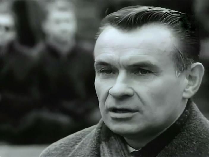 Молодой тренер Константин Бесков