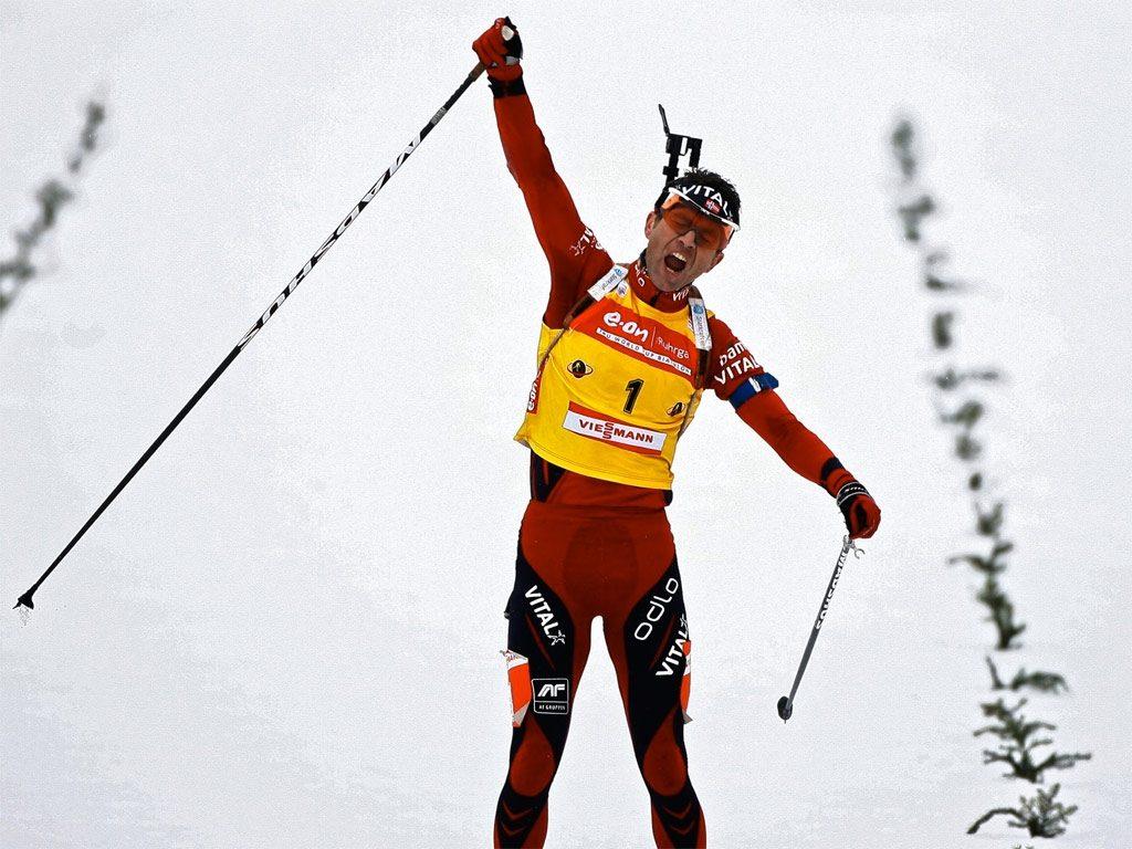 Уле Эйнар Бьорндален одерживает очередную победу на этапе Кубка мира